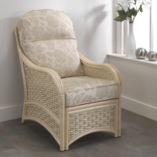 Review Baskerville Emily Armchair