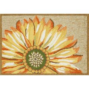 Ismay Gold/Yellow Sunflower Indoor/Outdoor Area Rug
