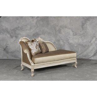 Benetti's Italia Perla Chaise Lounge