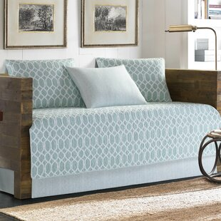 Catalina Trellis Daybed Quilt Set