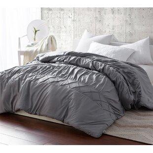 Odum Criss Cross Waves Handcrafted Comforter