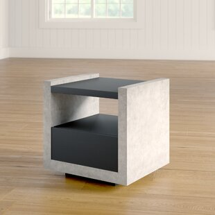 Evony Contemporary End Table by 17 Stories