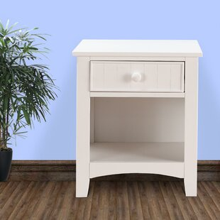 Giacomo 1 Drawer Wooden Nightstand by Highland Dunes