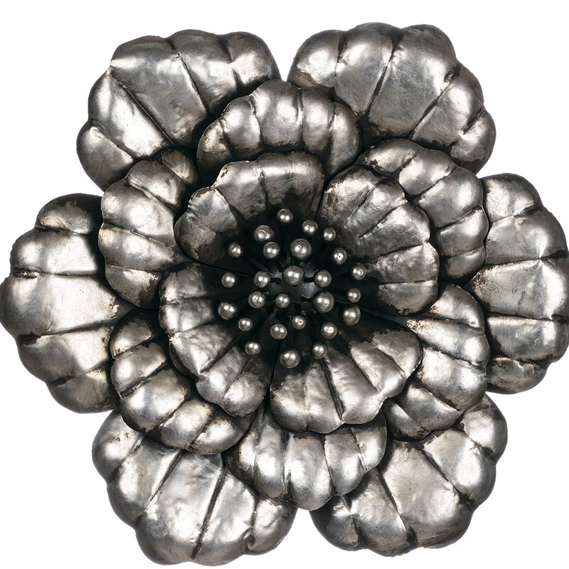 Attractive Metal Flower Wall Decor