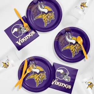 NFL Ultimate Fan Party Plastic Dinner Plate Set
