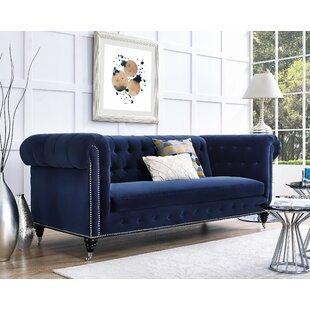 Gertrudes Chesterfield Sofa