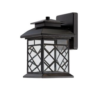 Online Reviews Woodmere 1-Light Outdoor Wall Lantern By Designers Fountain