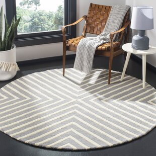 Ordingen Hand-Tufted Wool Silver/Ivory Area Rug by Willa Arlo Interiors