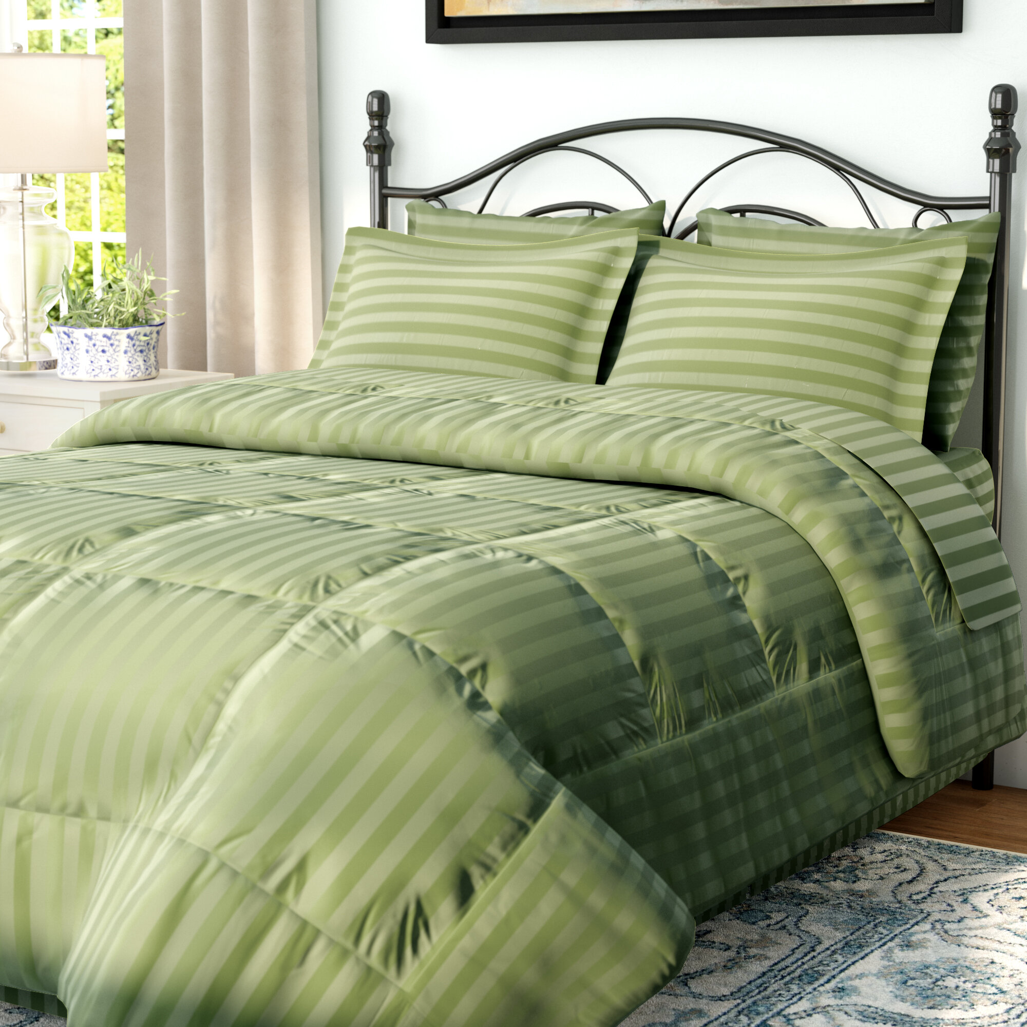 Andover Mills Haliburton 8 Piece Reversible Comforter Set