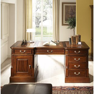 Cambridge Executive Desk By Massivum