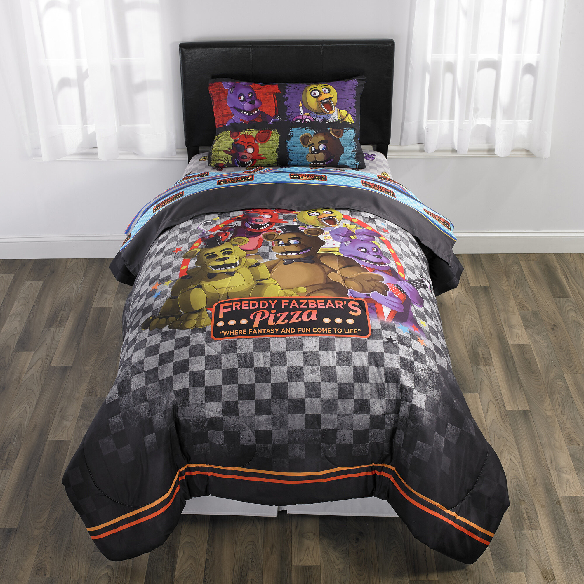 Franco Manufacturing Five Nights At Freddy S Pizza Security Reversible Comforter Set Reviews Wayfair
