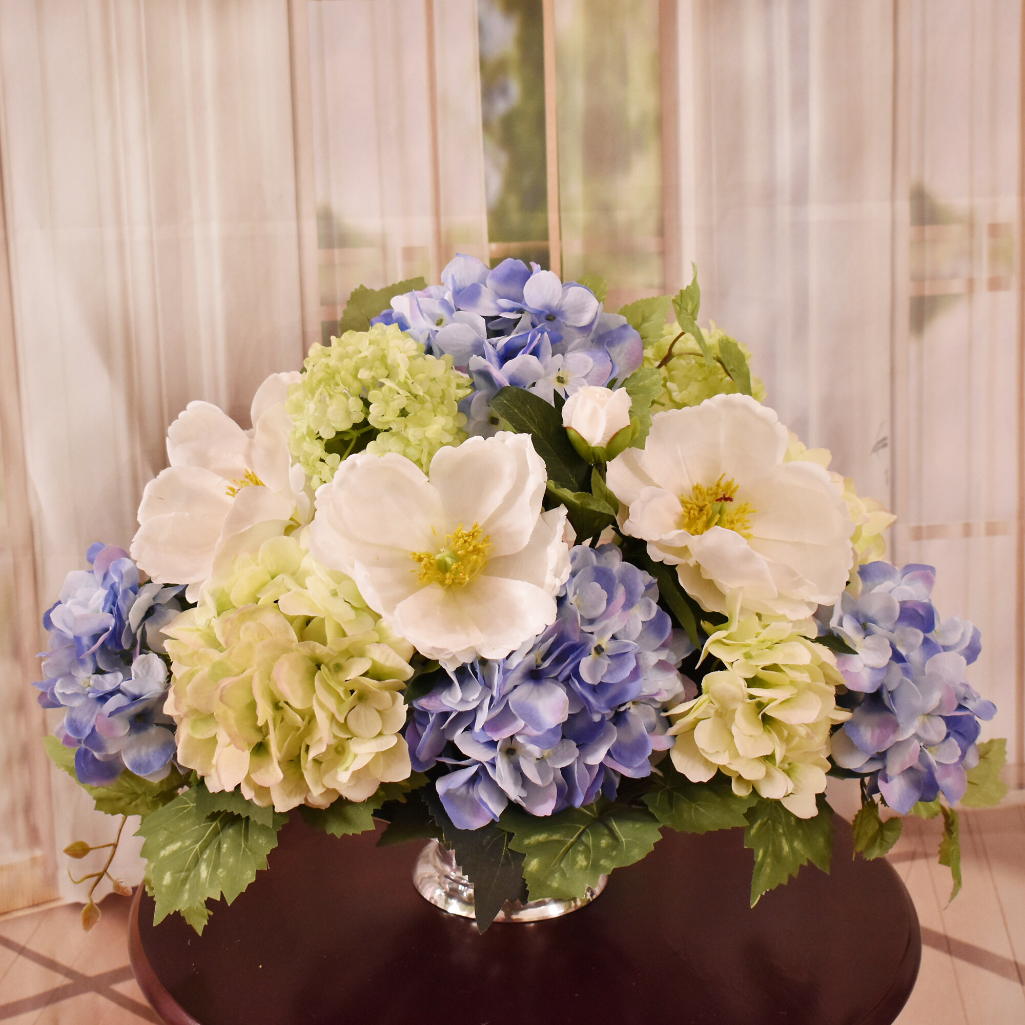 Rosdorf Park Hydrangea And Magnolia Centerpiece In Vase Wayfair