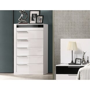 Fleeton Bedroom 6 Drawer Standard Dresser