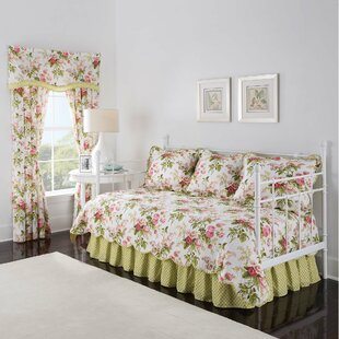 Emma's Garden 4 Piece Reversible Quilt Set