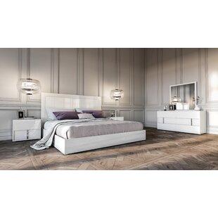 Dority Platform 4 Piece Bedroom Set