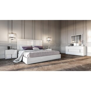 Dority Platform 5 Piece Bedroom Set