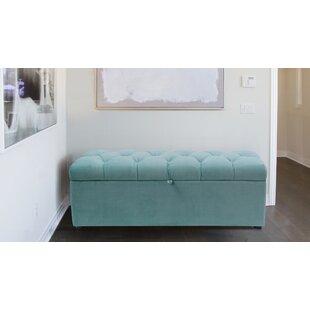 Luyen Tufted Upholstered Storage Bedroom Bench