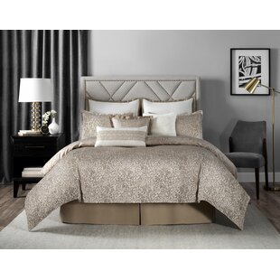 Laundry by Shelli Segal Sonora Leopard Woven Reversible Comforter Set