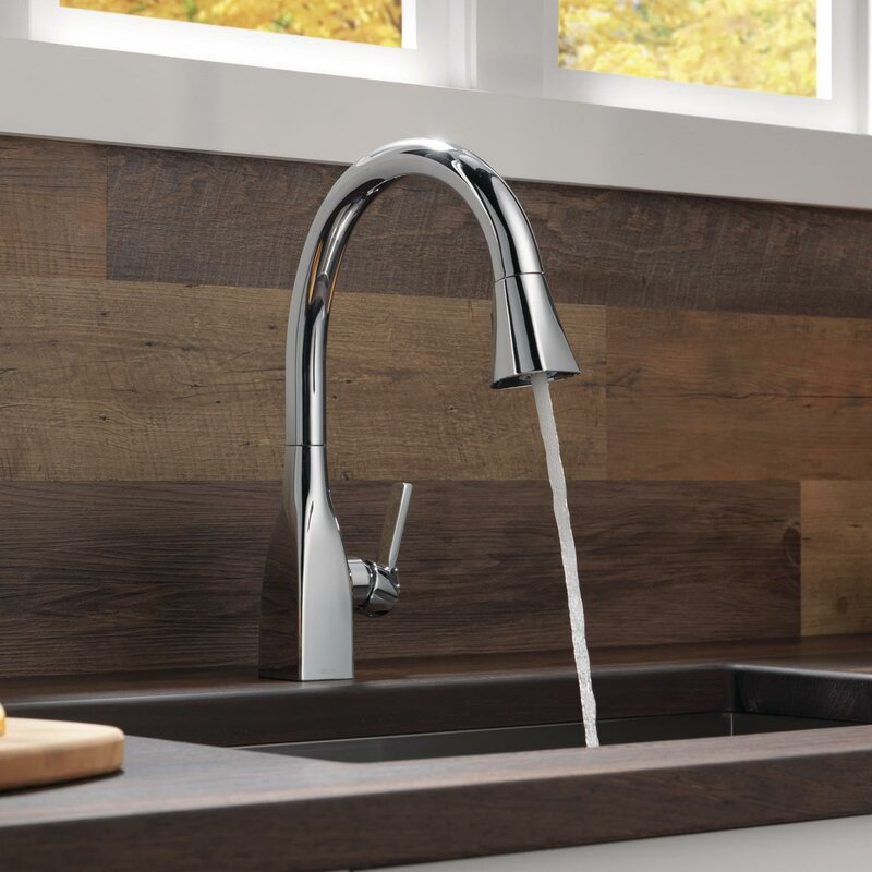 Mateo Pull Down Touch Single Handle Kitchen Faucet with MagnaTite ...
