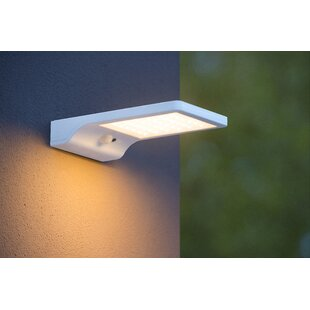 Basic 1-Light Outdoor Wall Lantern By Lucide