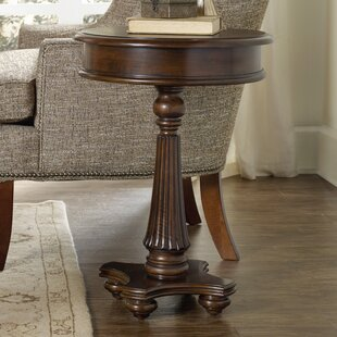 Searching for Leesburg End Table By Hooker Furniture