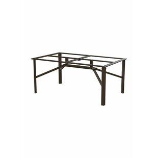 https://secure.img1-fg.wfcdn.com/im/86650771/resize-h310-w310%5Ecompr-r85/3097/30974379/universal-table.jpg