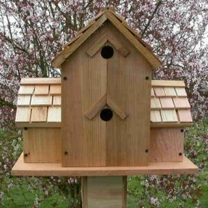 18 in x 17 in x 11 in Birdhouse