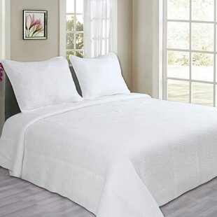 Maze Cotton Quilt Set by Cozy Line Home Fashion