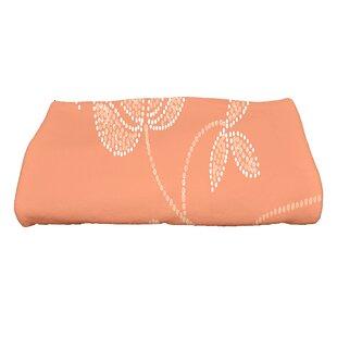 Maniteau Traditional Flower Bath Towel