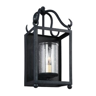 Darby Home Co Briscoe 1-Light Outdoor Flush Mount