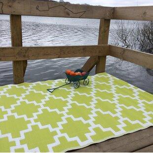Solitude Green/White Indoor/Outdoor Area Rug