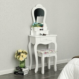 Compact Dressing Table Set With Mirror