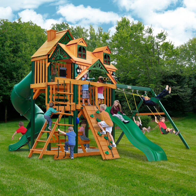 Great Skye I Deluxe Swing Set