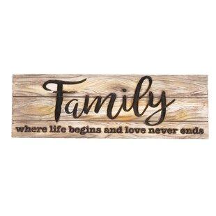 Modern Family Sign Wall Décor