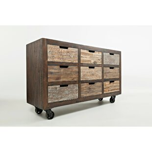 Yarbrough 9 Drawer Accent Chest by Loon Peak