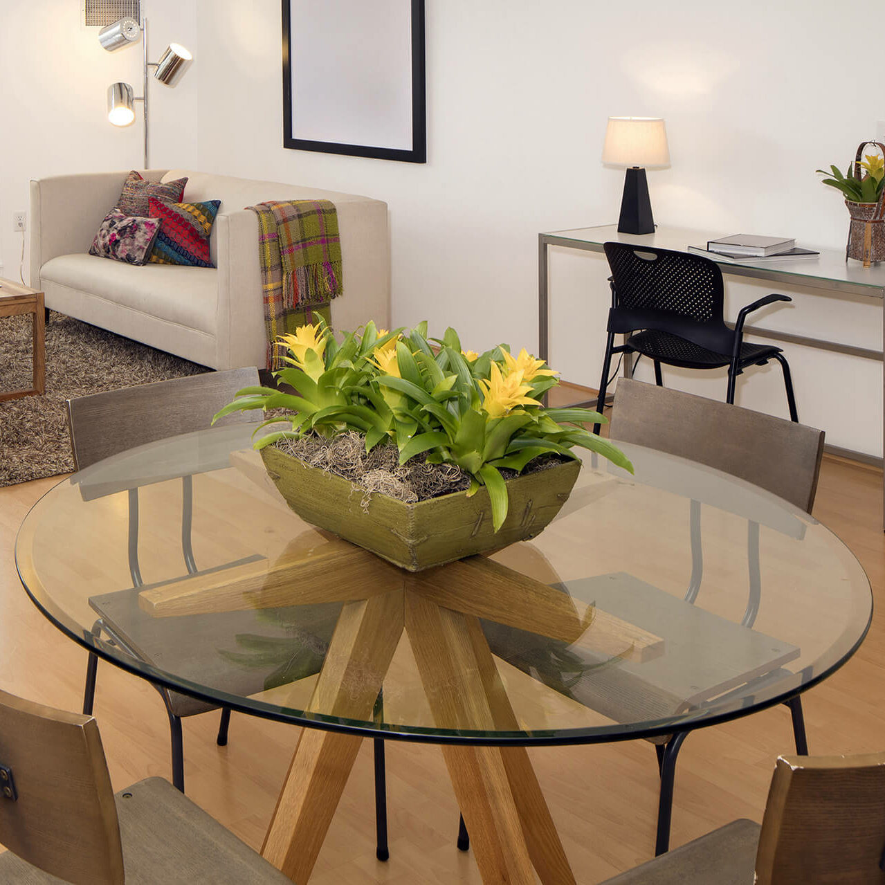 House Of Hampton 66 Round Beveled Tempered Glass Table Top Wayfair