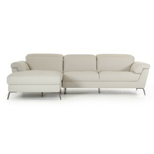 Wade Logan Alsatia Sectional