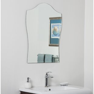 Decor Wonderland Alta Bathroom Wall Mirror