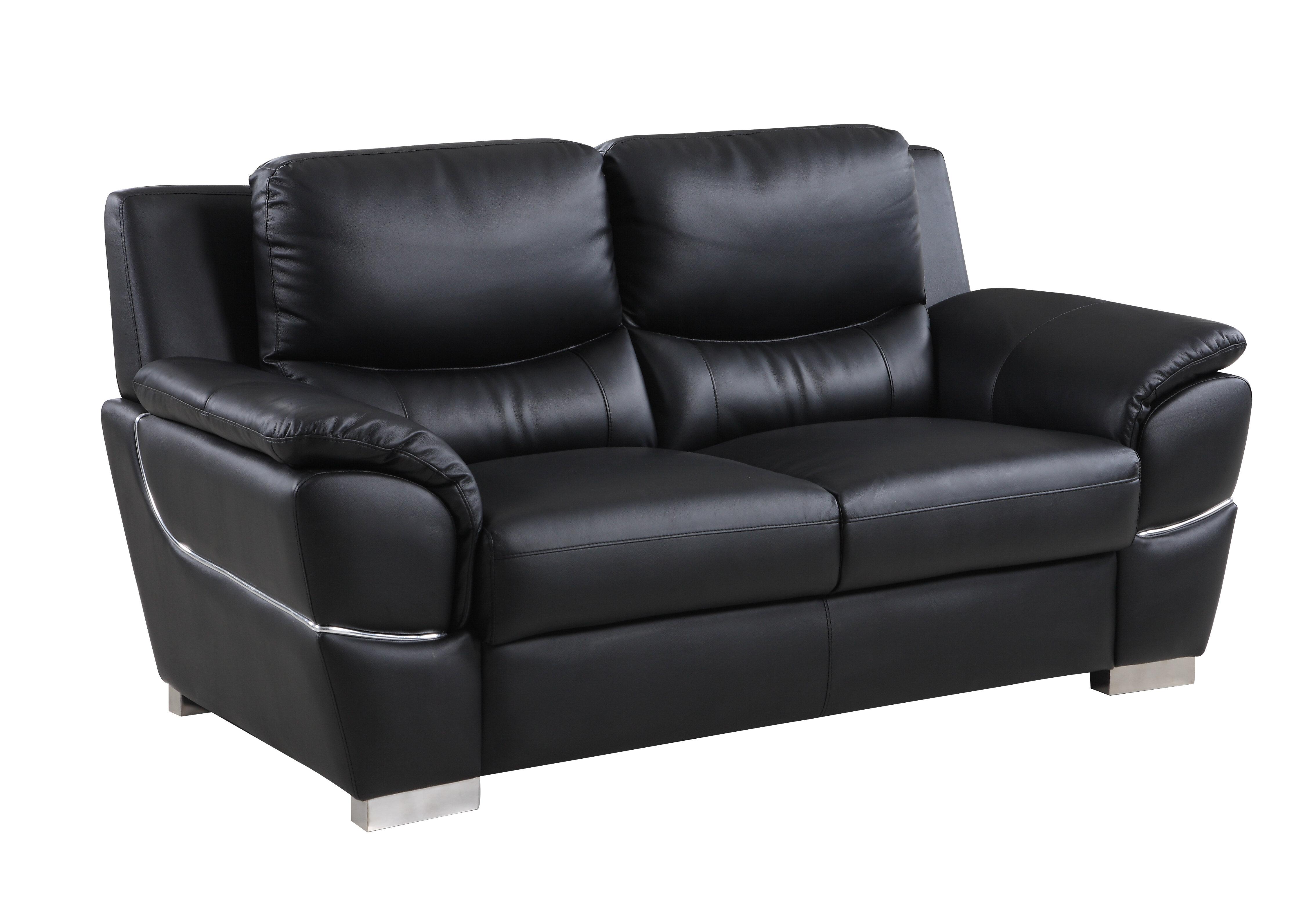 Henton Luxury Upholstered Living Room Loveseat