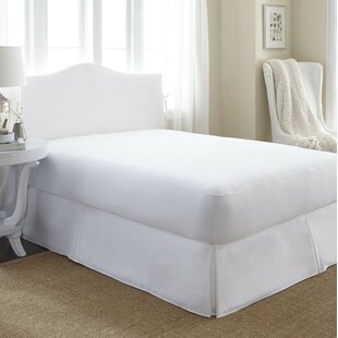 Alwyn Home Agatha Hypoallergenic Waterproof Mattress Cover