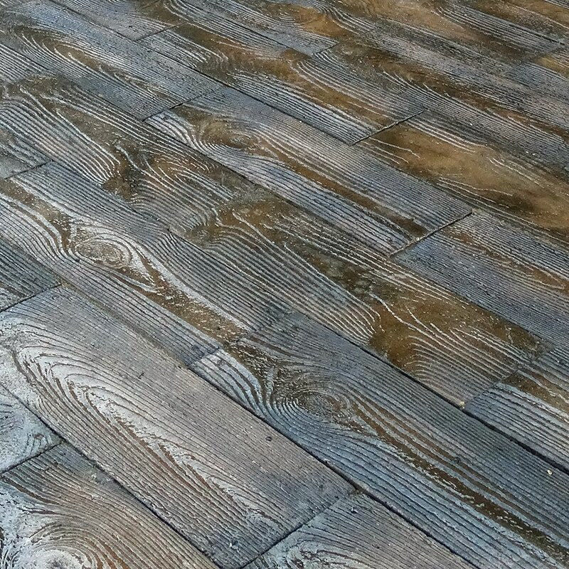 Barnwood Plank Patio-on-a-Pallet Paver Set & Natural Concrete Products Co Barnwood Plank Patio-on-a-Pallet Paver ...