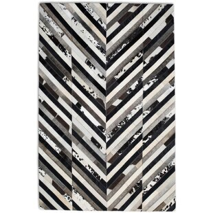 Compare Black/White Area Rug By Modern Rugs