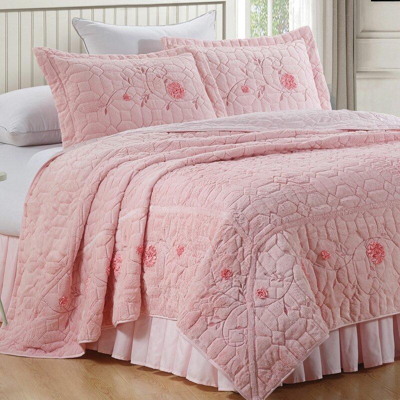 Serenta Ribbon Embroidered Faux Fur 3 Piece Bedspread Set Reviews