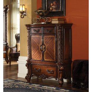 Best Reviews Pirro 3 Drawer Chest by Astoria Grand
