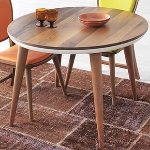 Union Rustic Shaunta Round Dining Table