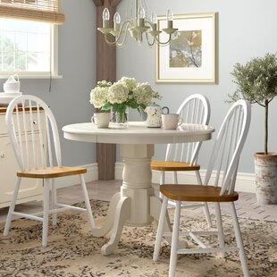 Review Holmes Extendable Dining Table