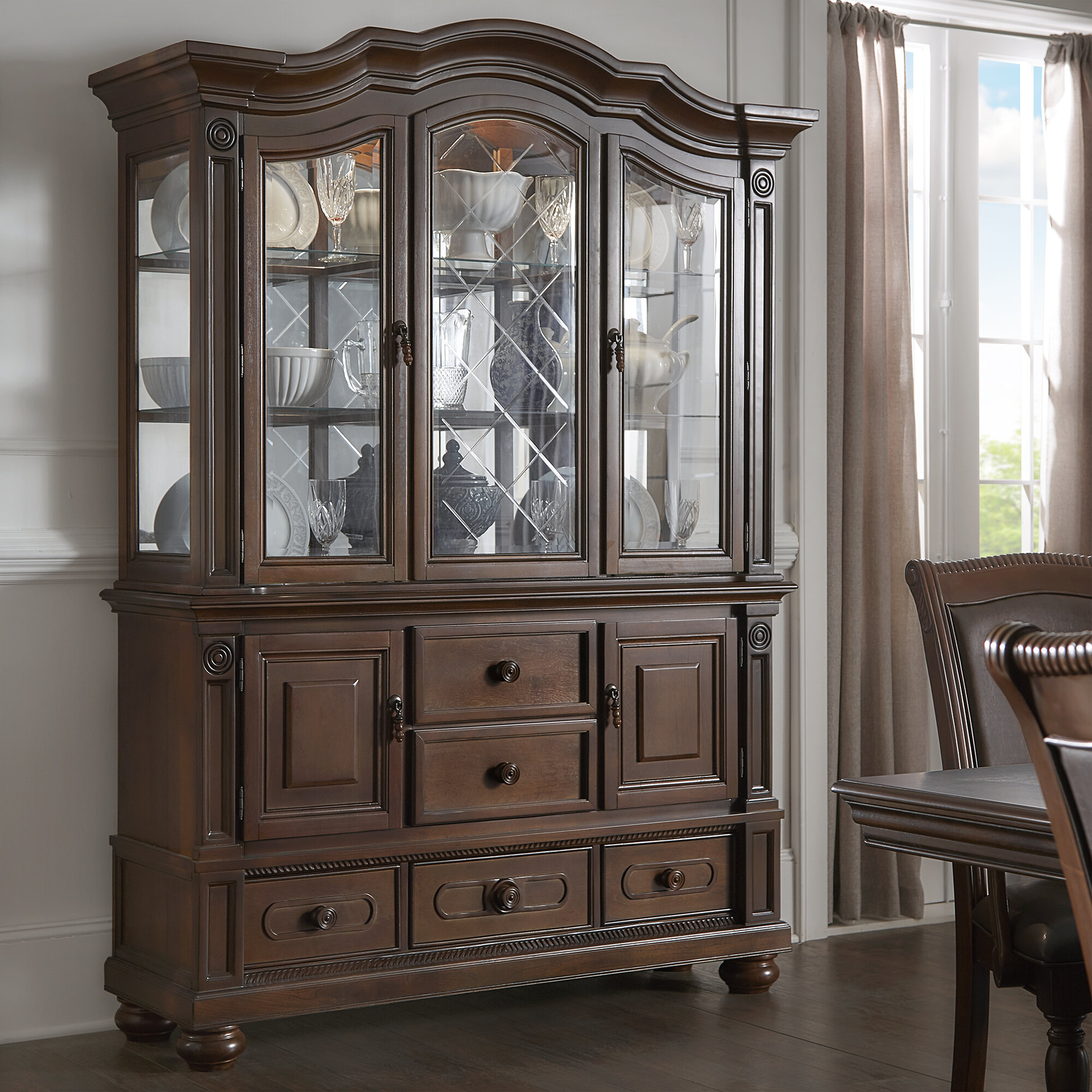 Darby Home Co Graham Dining Hutch And