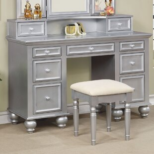 Everly Quinn Fortner Vanity Set