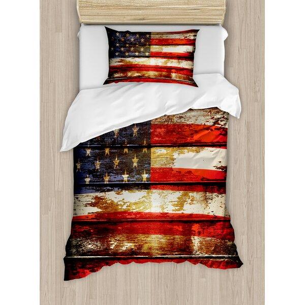b299f60fc31 Ambesonne American Flag US Symbolism over Old Rusty Tones Weathered Vintage  Social Plank Artwork Duvet Cover Set