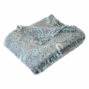 Campos Paisley Super Soft Plush Throw